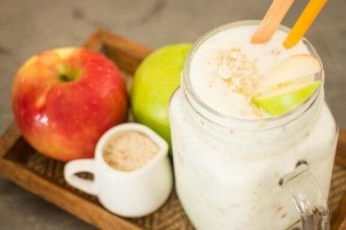 Et sundt hjerte med havregryn og æbler