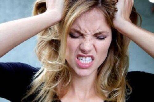 irritabilitet er symptom på interstinale parasitter