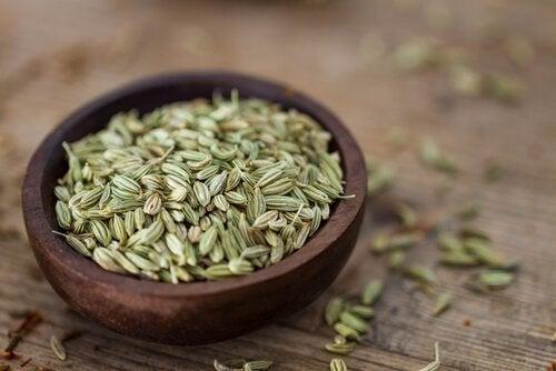 Fordele ved fennikelfrø: Understøtter vægttab