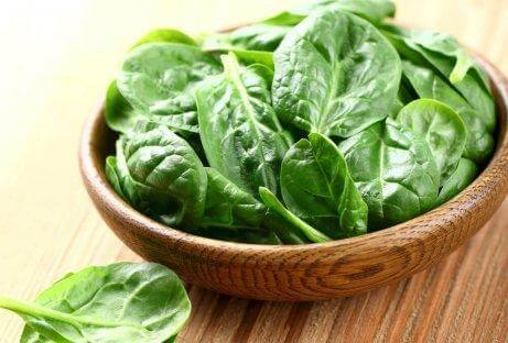 Spinat er rig på vitamin E