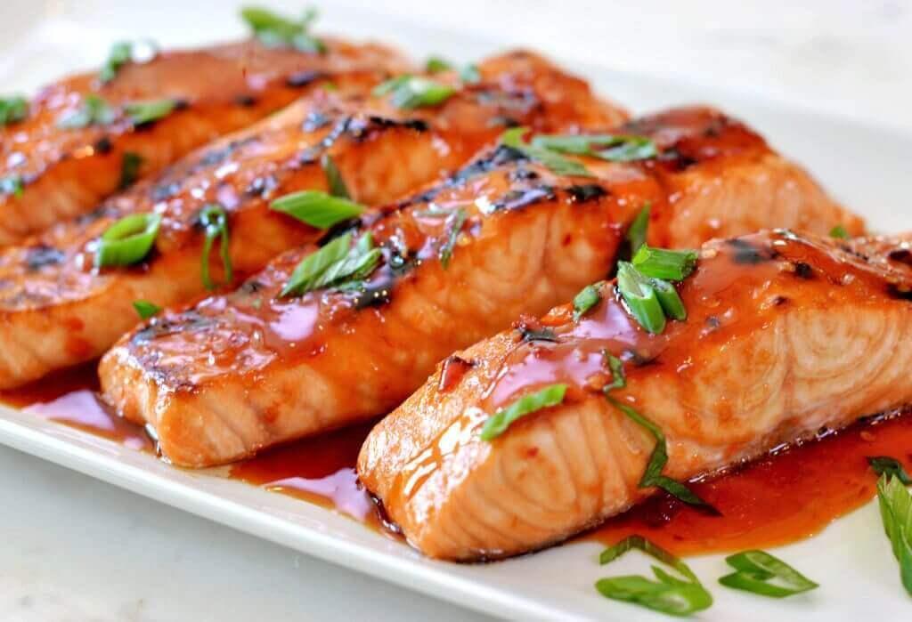 Bekæmpelse af hårtab gøres ved at spise fed fisk