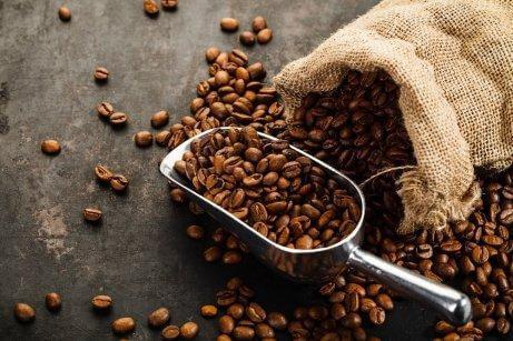 kaffe afgiver en skøn duft