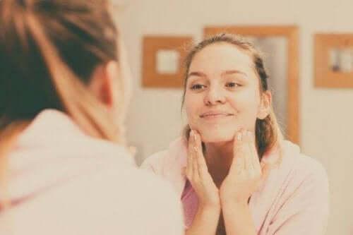 Fem tips til at rense huden ordenligt