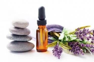 Lavendel æterisk olie er et af de naturlige midler mod nervøsitet