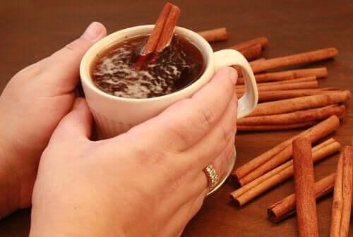 Prøv te med kanel og honning