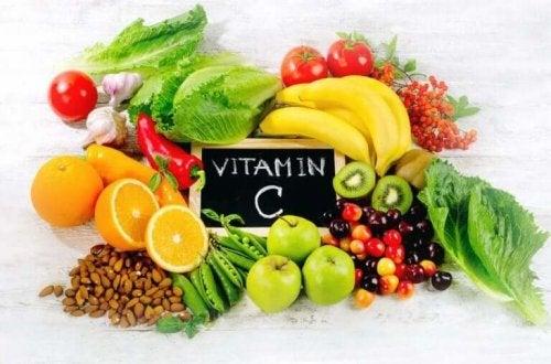 Fødevarer med c-vitaminer