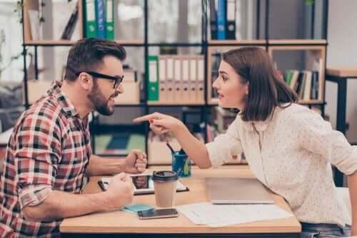 Par skændes og siger ting, som kan såre ens partner