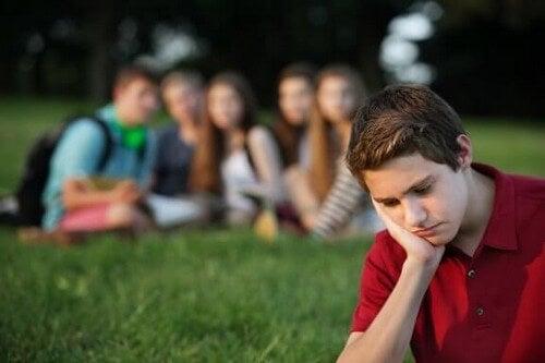 Gruppepres blandt børn: Sådan vejleder du dit barn korrekt