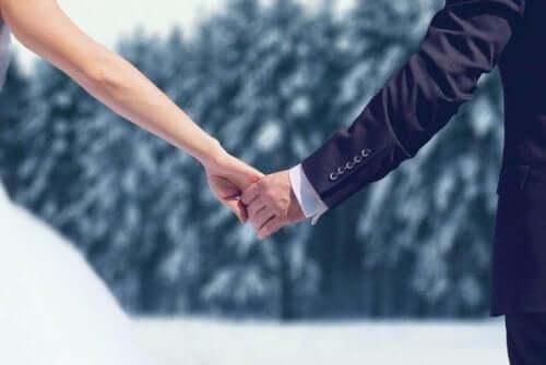 Tøj, tilbehør, blomster, bryllupsrejse og mange flere ting afhænger af vejret og kan afgøre den bedste årstid til et bryllup