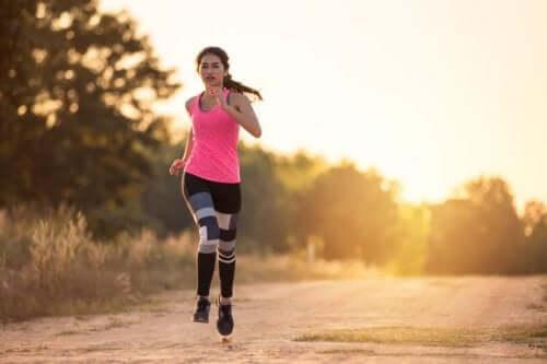 Løb er en af de sjoveste og mest effektive udendørs træningsøvelser