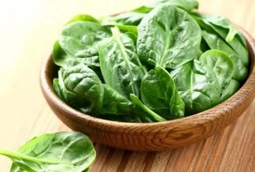 Spinat er en af de bedste grøntsager til at øge muskelmasse