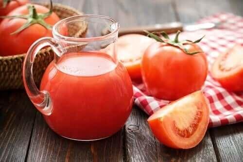 Tomater til at behandle jernmangelanæmi