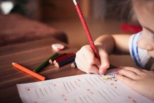 Der er mange fordele ved at tegne for børn
