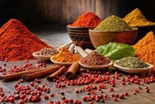 Få sundere måltider med krydderier og urter