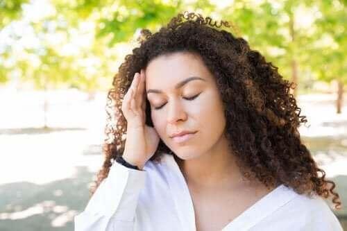 Sådan kan du lindre hovedpine om sommeren