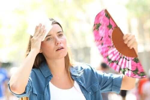 Årsager til varmeudmattelse samt behandling