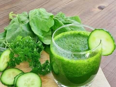 Efter deres øgning i popularitet er der kommet mange misforståelser frem om fordelene ved grønne smoothies
