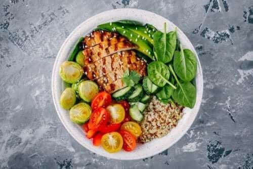 Tre sunde opskrifter på aftensmad på under 300 kalorier