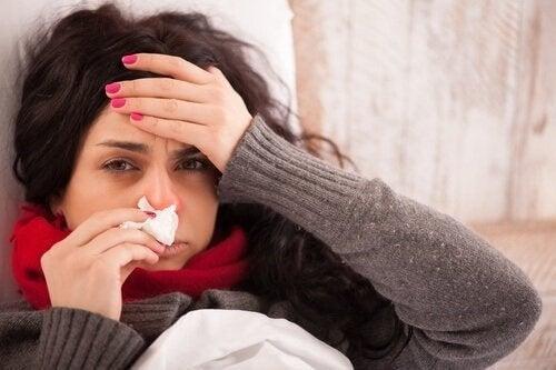 Kvinde med influenza