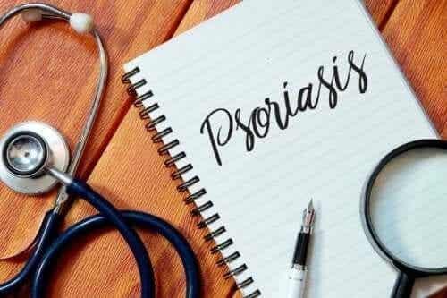 Fem måder at holde psoriasis i skak på