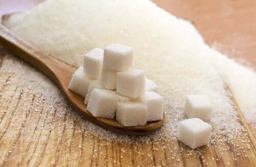 Sukkerknalder på ske