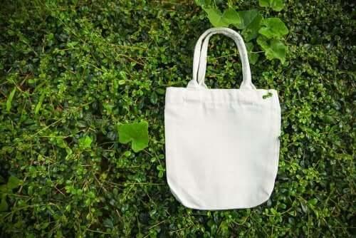 Lav dine egne flotte genanvendelige indkøbsposer