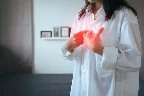 Gastroøsofageal reflukssygdom: Symptomer og behandling