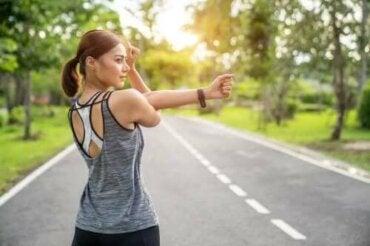Er det bedst at strække eller styrke muskler?