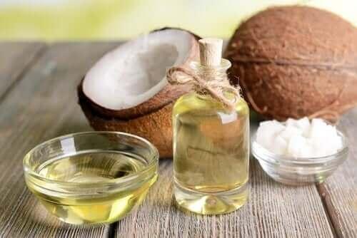 Kokosolie er eksempel på sunde vegetabilske olier