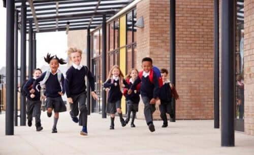 Sådan vælger du den bedste skole til dit barn