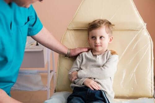 Nefrotisk syndrom hos børn: Årsager og behandling