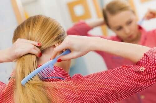 Forebyggelse af hårtab: Fem tips til en sund hovedbund