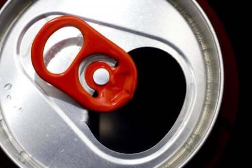 Aluminiumsringe fra øl- og sodavandsdåser er perfekte til at lave en meget original nøglering