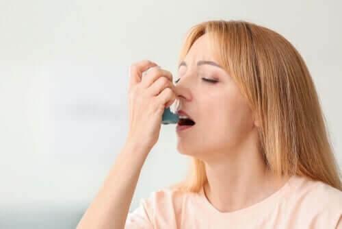 Coronavirus og astma: Alt, du skal vide om det