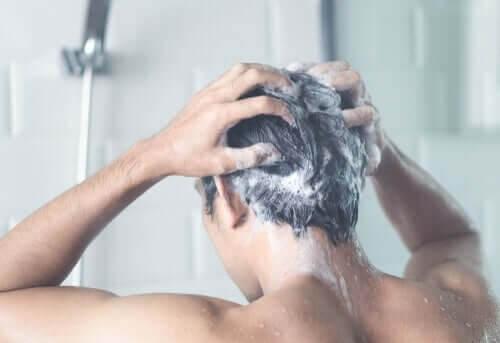 Skal man gå i bad hver dag under corona-karantænen?