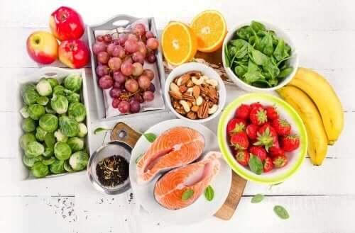 Middelhavskost er en af de sundeste kostplaner der findes, da det fremmer sund og afbalanceret spisning