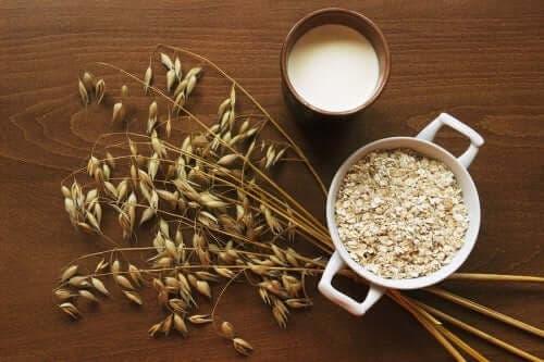 Havregryn og havremælk