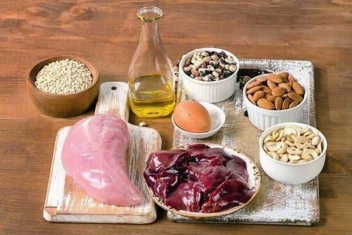 Forskellige fødevarer, der indeholder selen