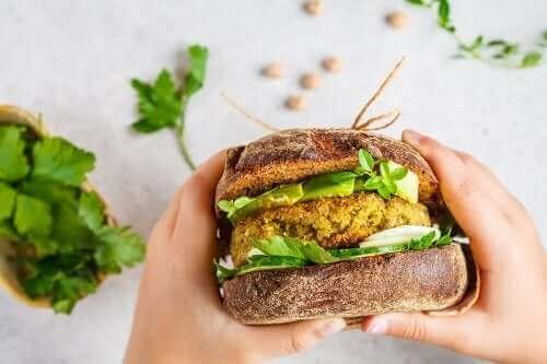 To typer veganske burgerbøffer, du bør prøve
