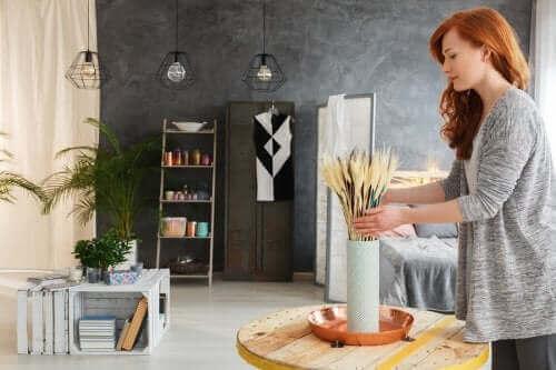 Fem idéer til at indrette stuen med genbrugsmaterialer