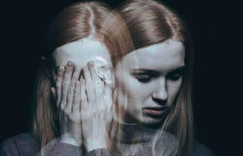 Kvinde hallucinerer