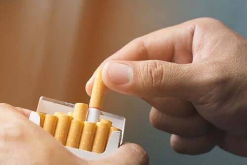 Tre naturlige typer terapi mod nikotinafhængighed
