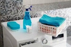 Fem produkter til at fjerne oliepletter på tøj