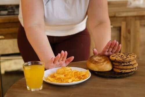 Ti typer fødevarer, der bør undgås i forhold til blodsukkerbalance