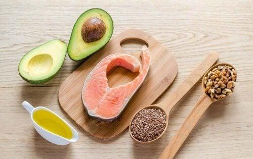 Kilder til fedt, da fedt er essentielt i kosten