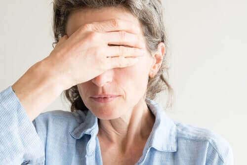 Tørre øjne i overgangsalderen