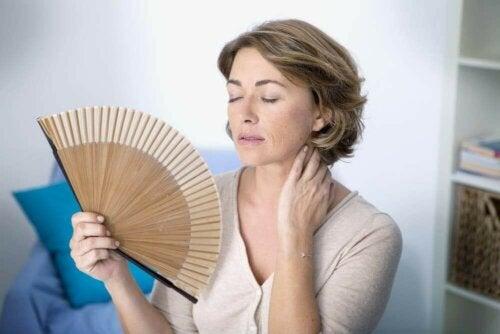 Hedeture annoncerer et fald i østrogenniveauer og er et tegn på perimenopause