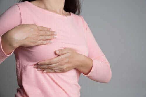 Brystsmerter og menstruationscyklussen