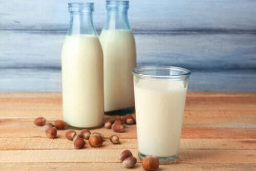 Egenskaberne ved hasselnøddemælk