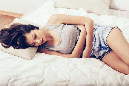 Smertefuld menstruation kan lindres på disse 10 måder